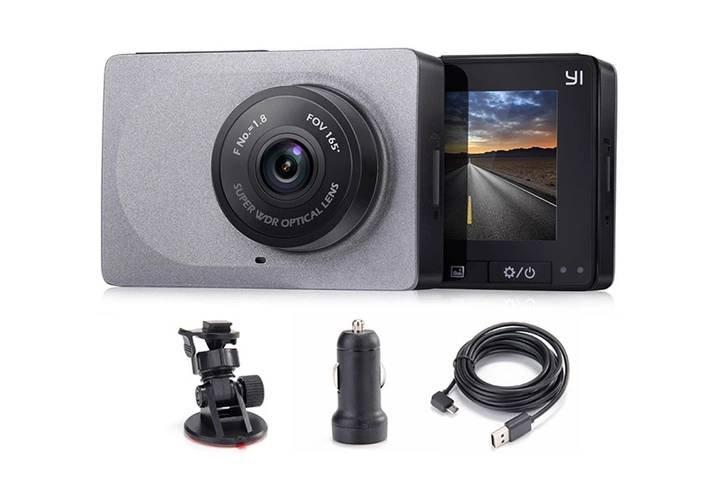 Jaki wideorejestrator warto wybrać? Ranking kamer samochodowych