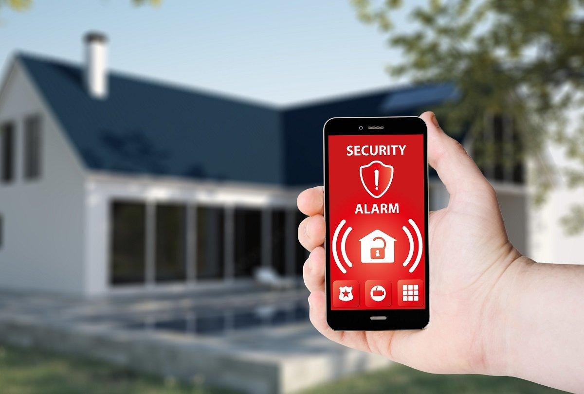 Inteligentny dom – jak zadbać o jego bezpieczeństwo?