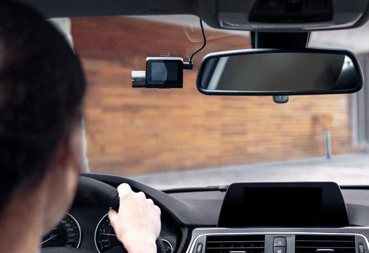 Wideorejestrator do samochodu: tradycyjny, z kamerą cofania czy nagrywający wewnątrz pojazdu – jaki model wybrać i dla kogo?